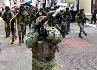 La importación para armas para los estamentos de seguridad no será suspendida.